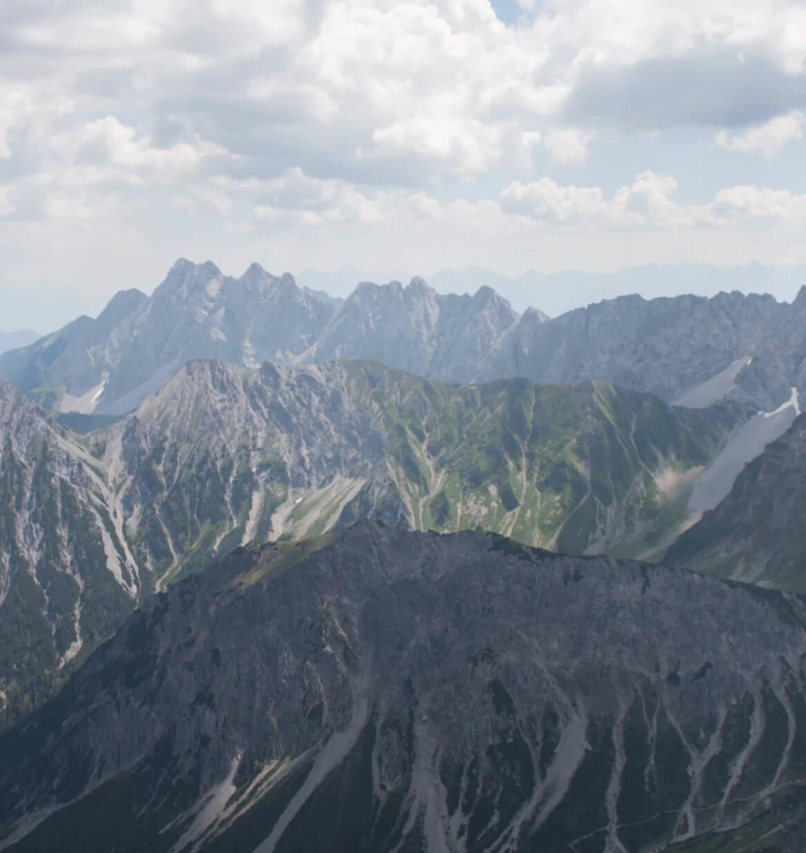 写真:山脈